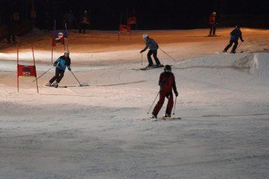 Akce pro zaměstnance Centroprojektu na lyžařském svahu