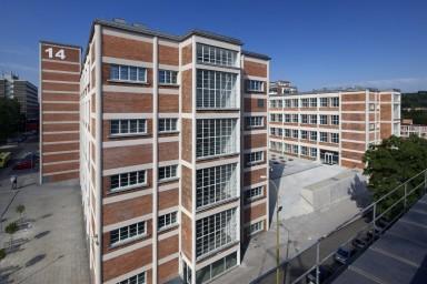 Projekt rekonstrukce tovarních budov 14|15 Baˇův institut Zlín - Centroprojekt