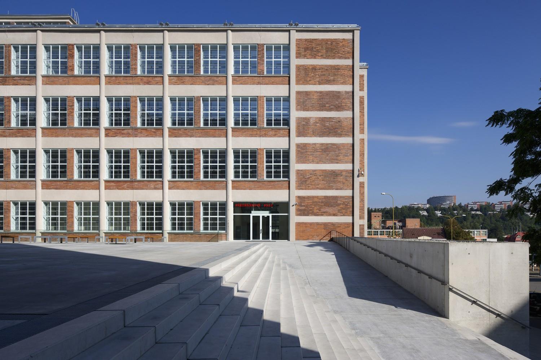 Projekt rekonstrukce továrních budov firmy Baťa na 14|15 Baťův institut ve Zlíně projektovala i společnost CENTROPROJEKT GROUP