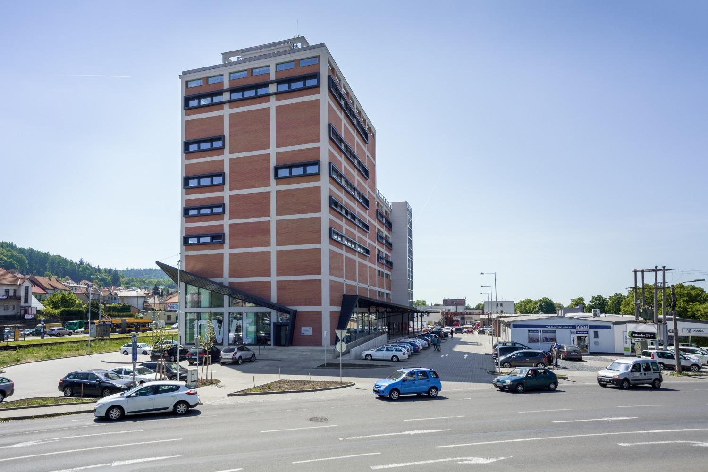 Rekonstrukce baťovské sila z roku 1938 na Centrum strategických služeb společnosti NWT a.s.