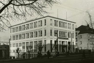 Budova Kancelářských strojů ve Zlíně