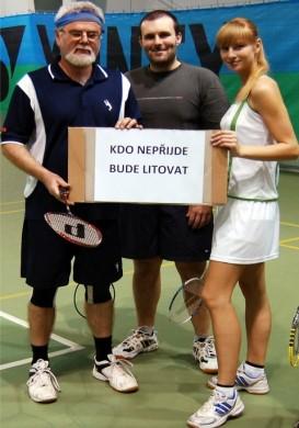 Opeřený míček: nová tradice firemního badmintonu